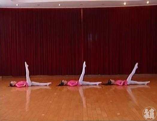 幼儿舞蹈班教学MP4视频