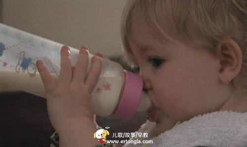 纪录片《婴儿日记》央视一套开播(2)