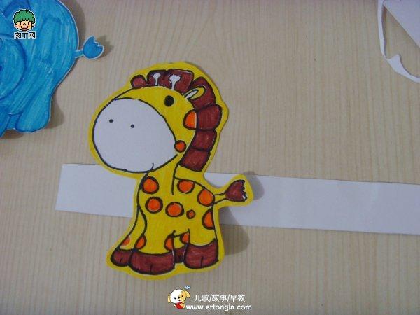 > 儿童绘画教程—可爱的儿童创意绘画作品